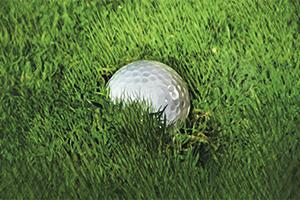 Een ingebedde golfbal zonder straf droppen